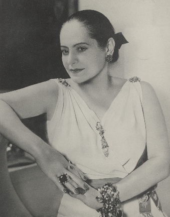 Helena Rubinstein in Schiaprelli Kleid