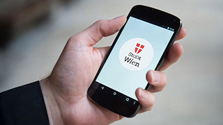 smartphone displaying the Stadt Wien live app