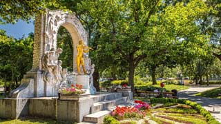 Golden Johann Strauss monument