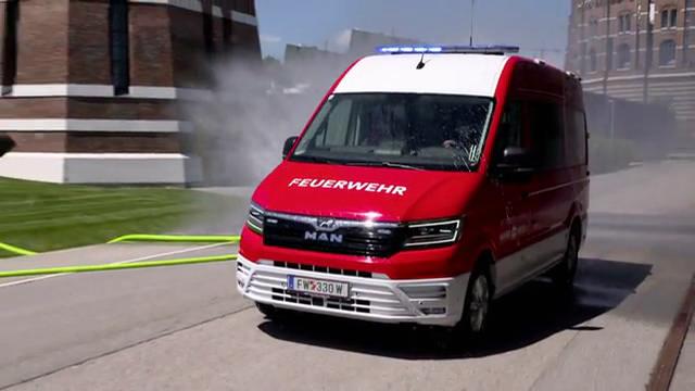 Neues Elektro-Feuerwehrauto der Wiener Netze